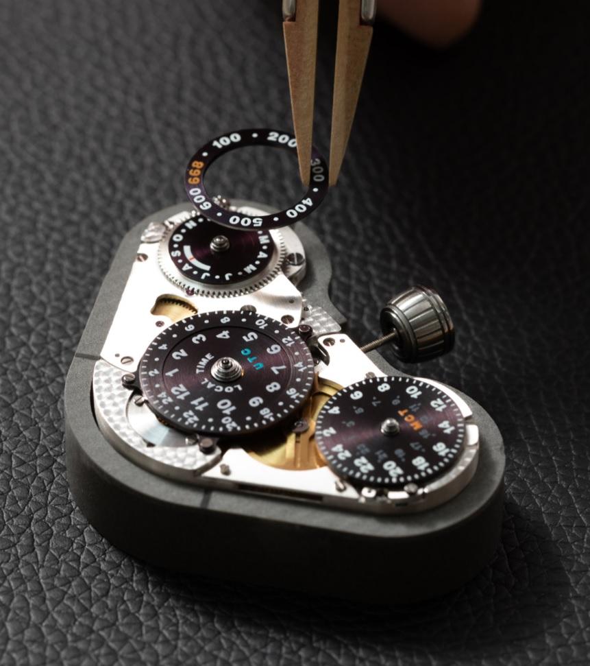 Bộ máy của chiếc đồng hồ mới Konstantin Chaykin Mars Conqueror