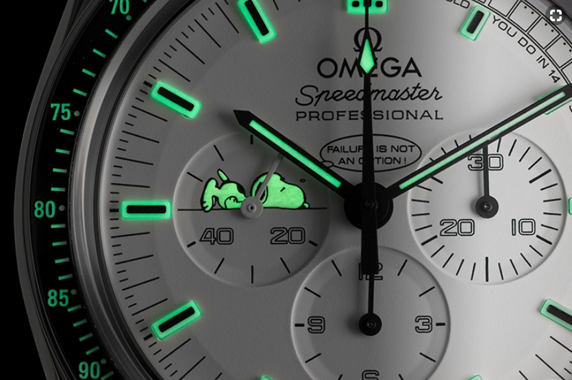 OMEGA_SPEEDMASTER_APOLLO_13_SILVER_SNOOPY_AWARD