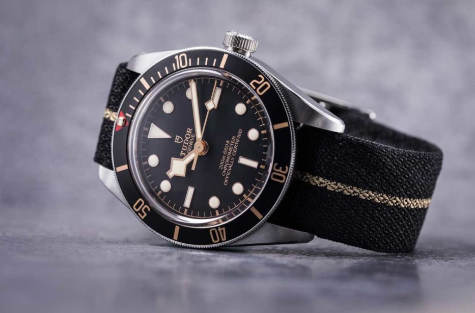 Bay_Fifty-Eight_39mm