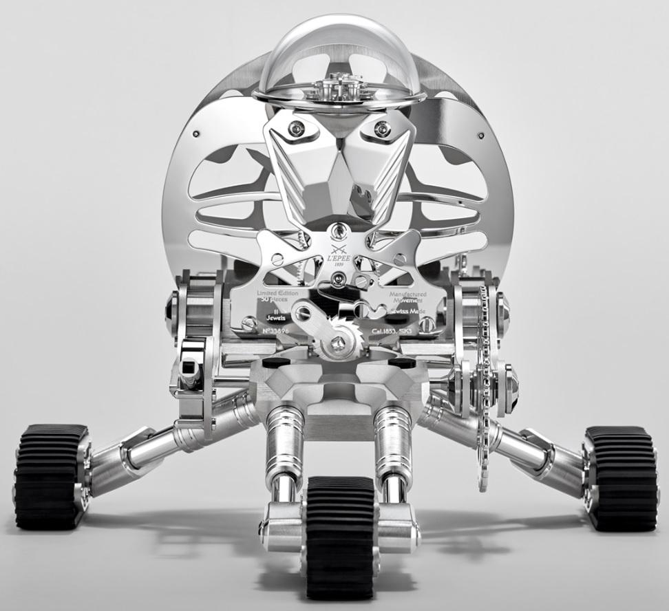 MB&F_Grant_Robot_Clock_By_L'Epée_1