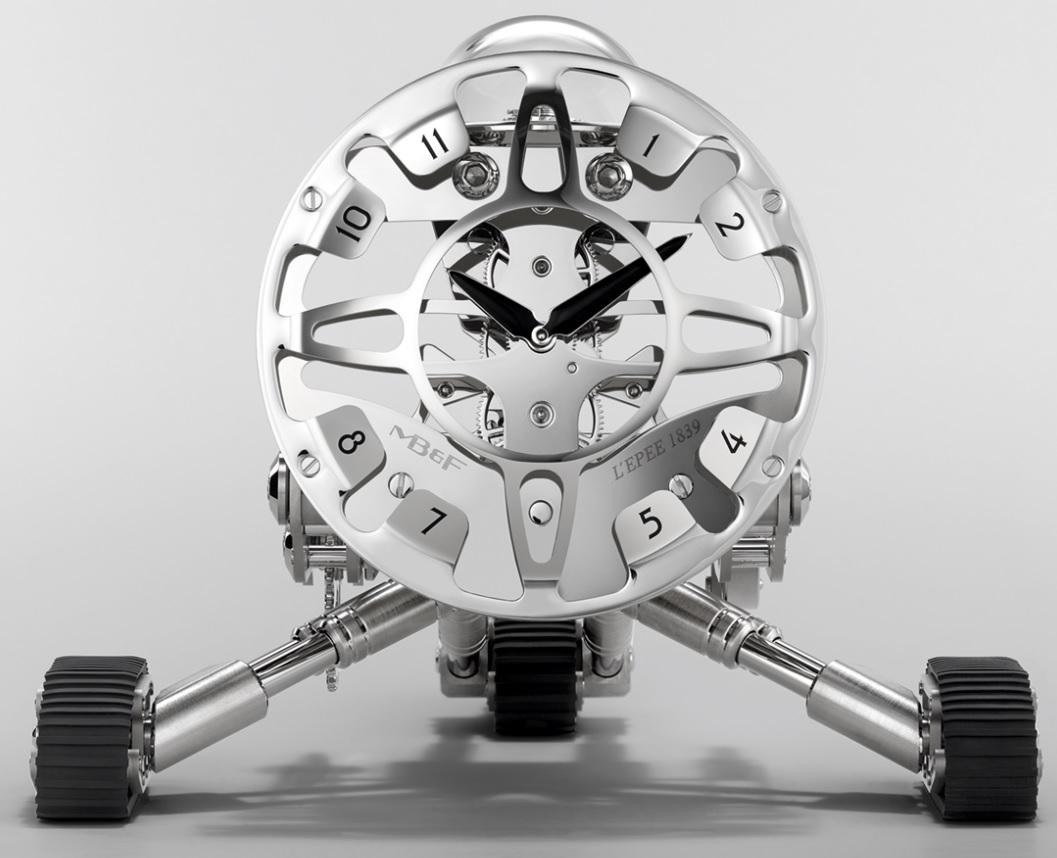 MB&F_Grant_Robot_Clock_By_L'Epée_2