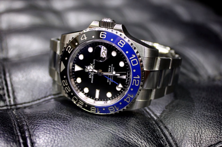Rolex_Batman_GMT_Master_II_116710_BLNR_1