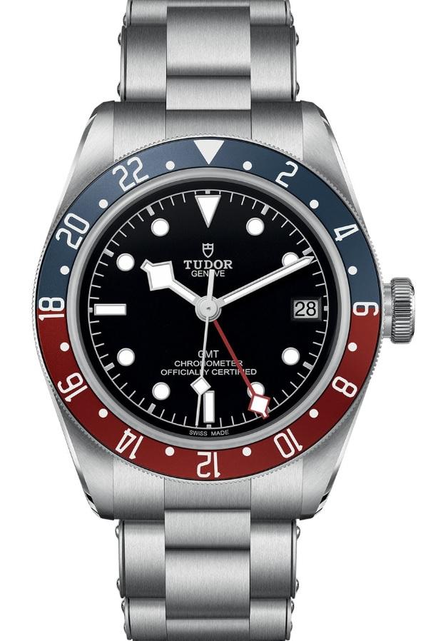 Đồng hồ Tudor black Bay GMT phiên bản dây thép