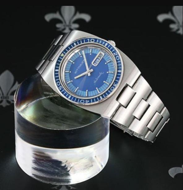 Đồng hồ lặn tự động thập niên 80 của Wittnauer giá bán 675$
