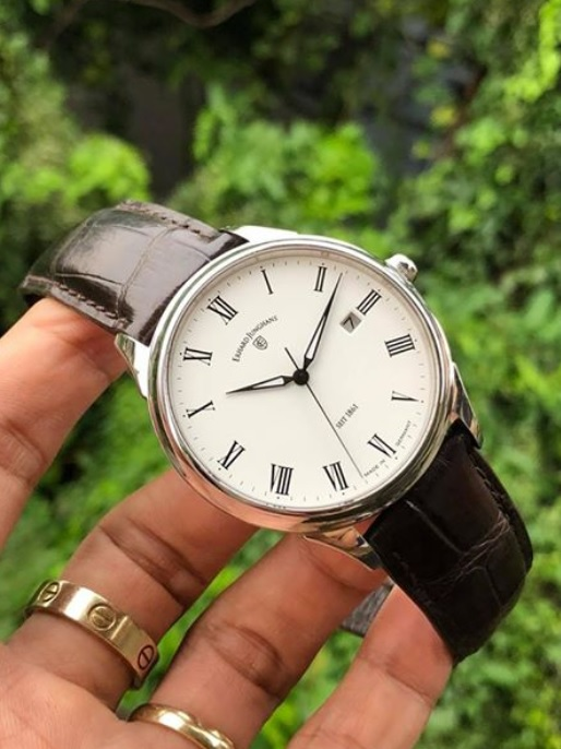 Thu mua đồng hồ Junghans