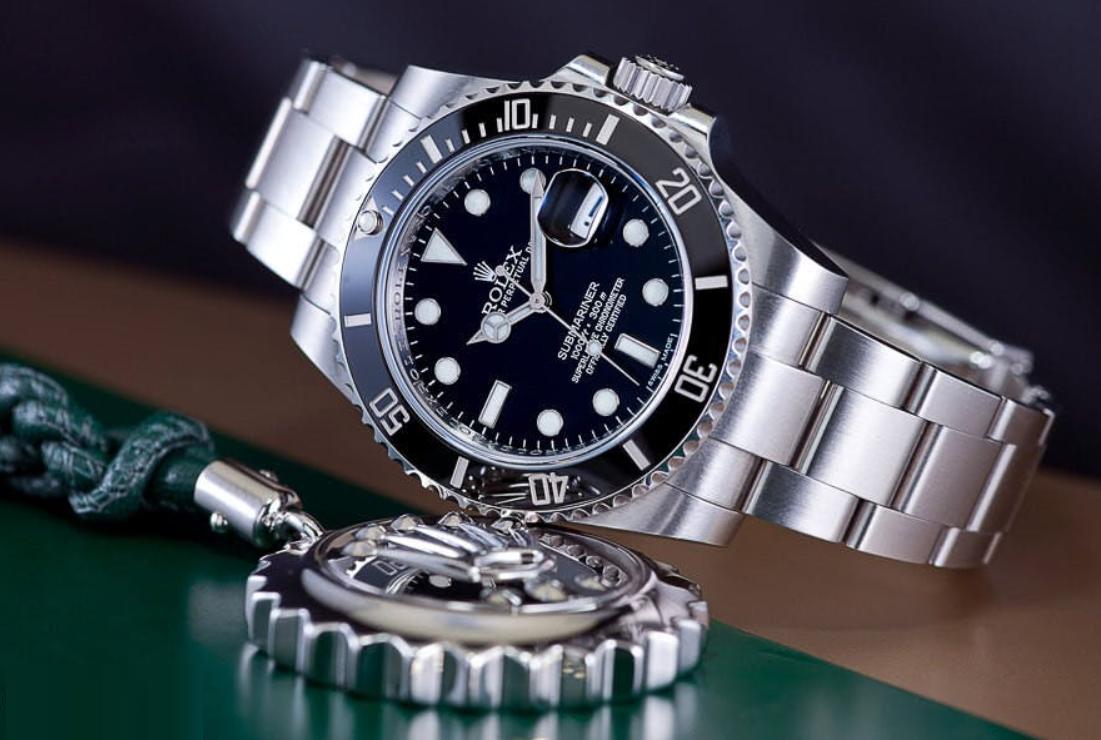 So sánh đồng hồ Rolex Submariner