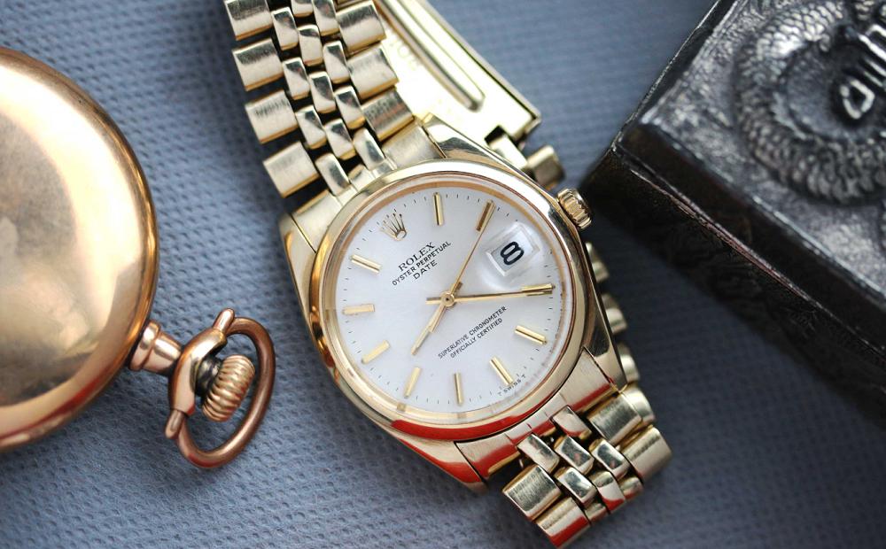 Đồng hồ Rolex cổ điển