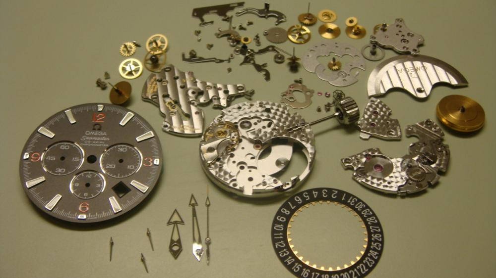 Dịch vụ sửa chữa và bảo hành đồng hồ Lương Gia