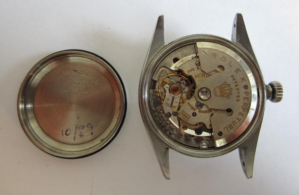 Bên trong của đồng hồ Rolex