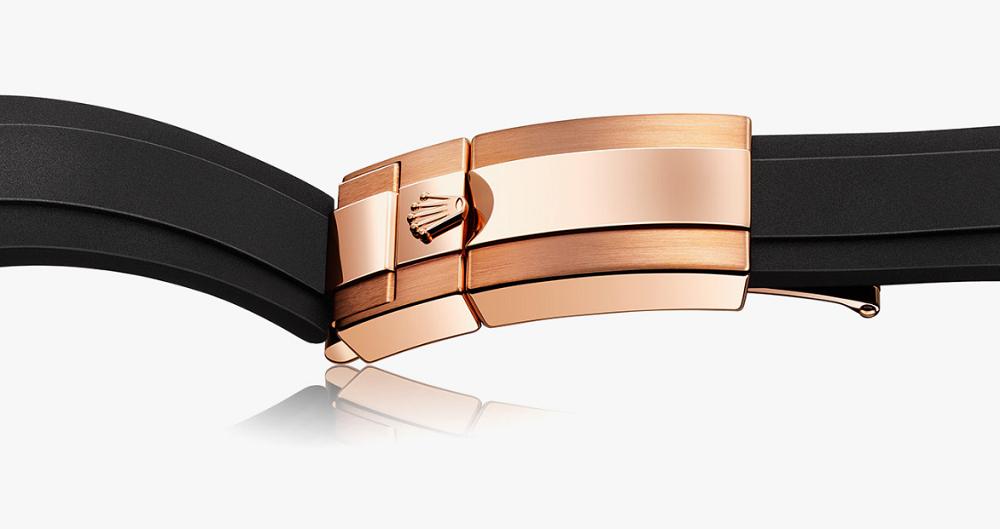 Dây đeo cao su Oysterflex của Rolex