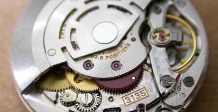 Bộ máy tự động Rolex Calibre 3135