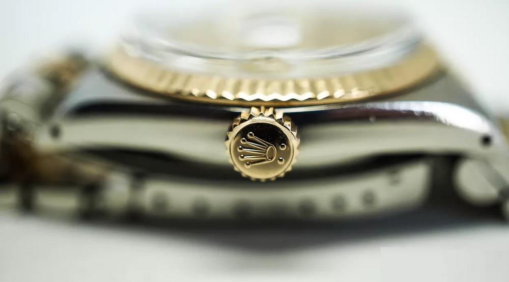 Núm vặn vương miện đồng hồ Rolex