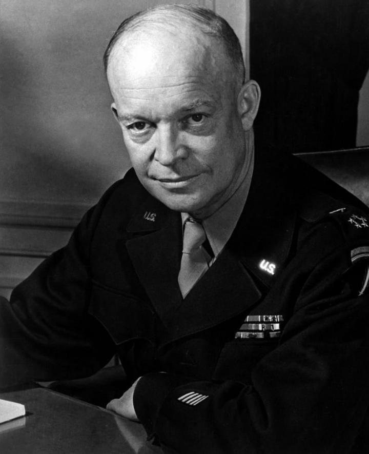 Tổng thống Dwight Eisenhower