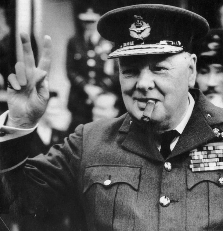Chính trị gia Winston Churchill