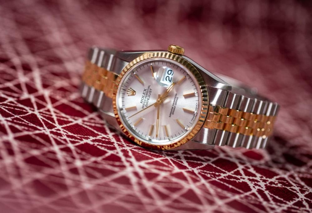 Rolex Datejust 16233 với vành Bezel vàng 18k
