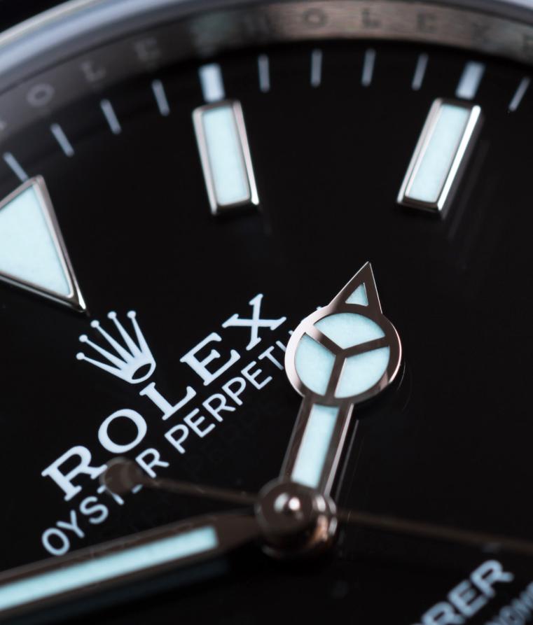 Mặt số Rolex Explorer 214270