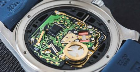 Đồng hồ Quartz là gì?