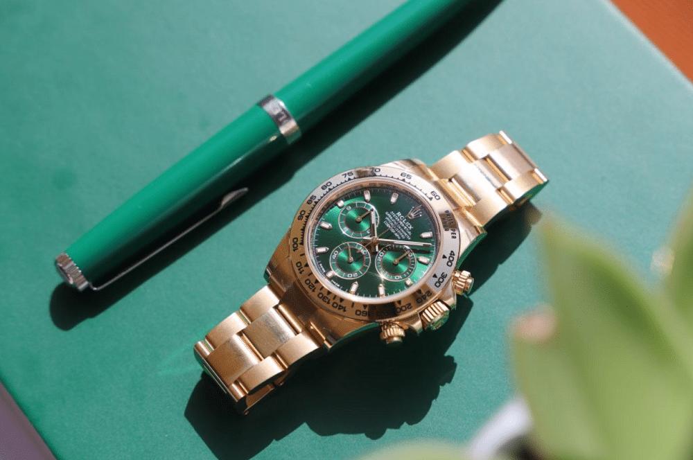 Rolex Daytona vàng khối