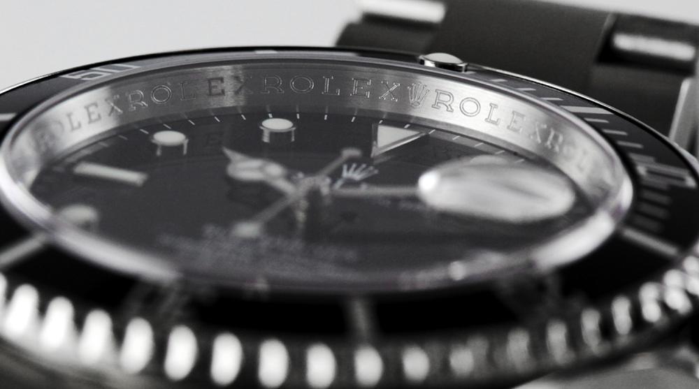 Rolex Rehaut khắc thủ công