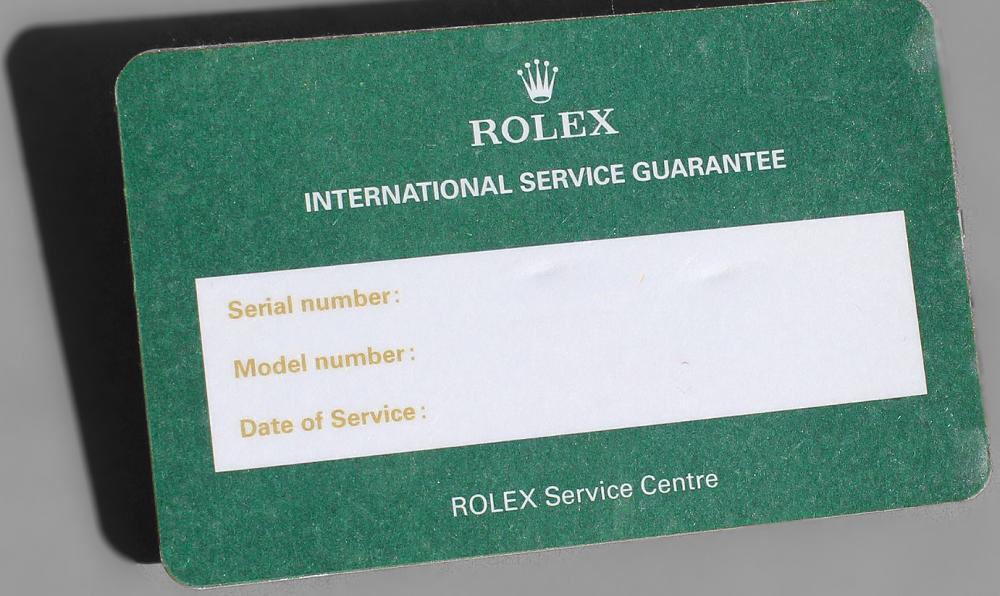 Thẻ bảo hành được cấp sau khi sử dụng dịch vụ từ Rolex