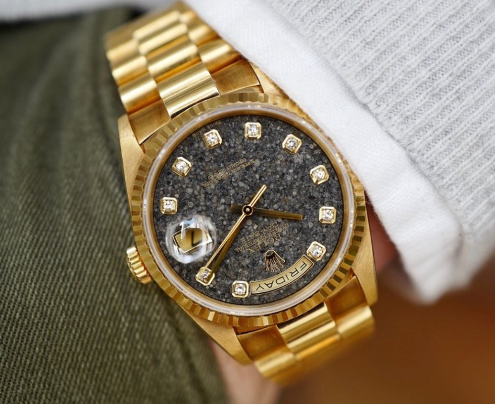 Rolex Day-Date mặt đá Fossil