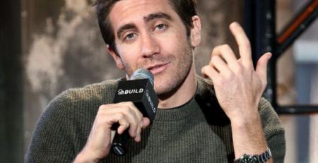 Diễn viên nổi tiếng Jake Gyllenhaal đeo đồng hồ gì?