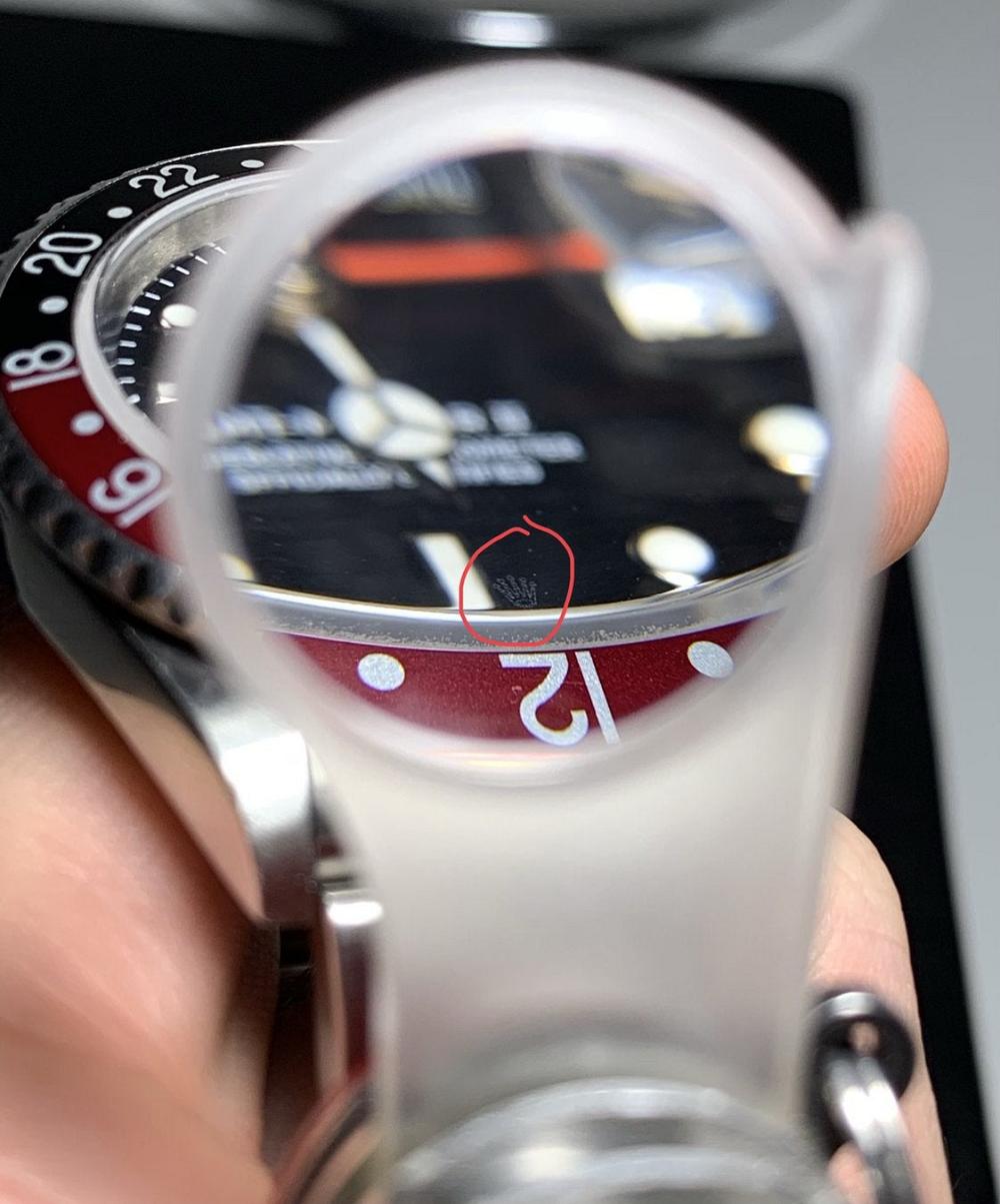 Loupe phóng đại kiếm trả vương miện khắc Laser trên đồng hồ Rolex