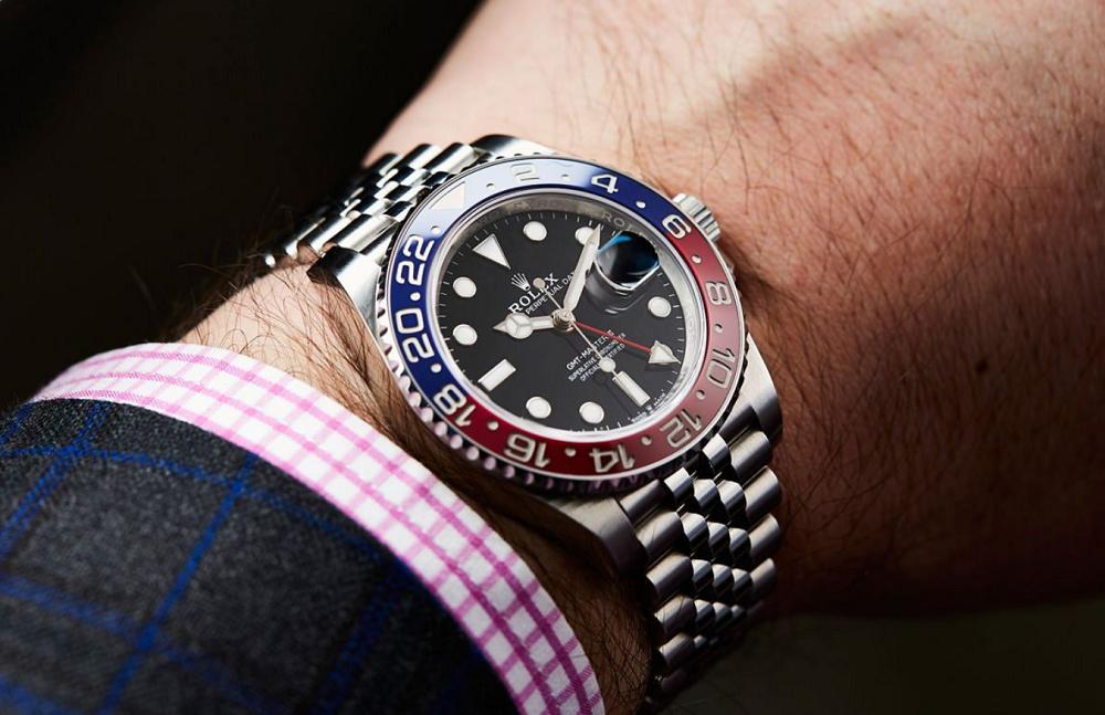 Đồng hồ Rolex GMT-Master II 126710BLRO Bezel Cerachrom