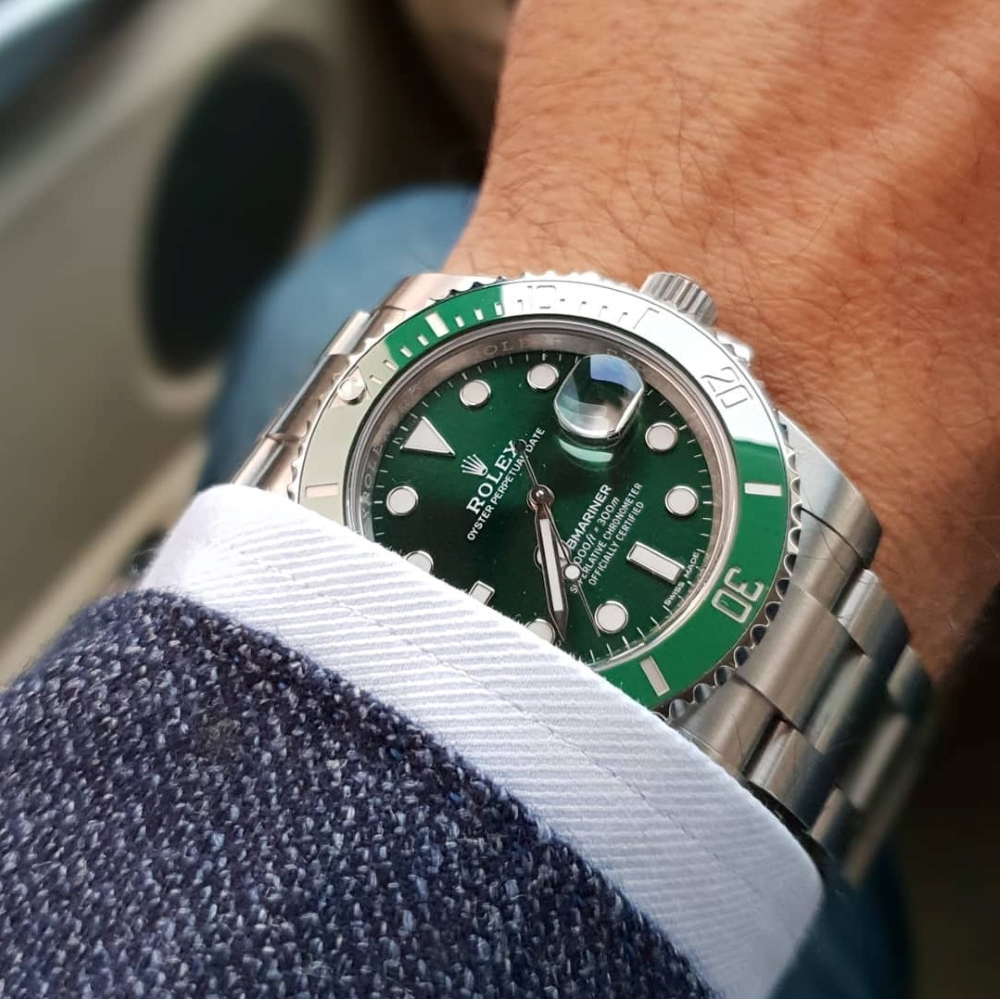 rolex-submariner-hulk-116610lv-dial-green-fullbox-2017-new-4