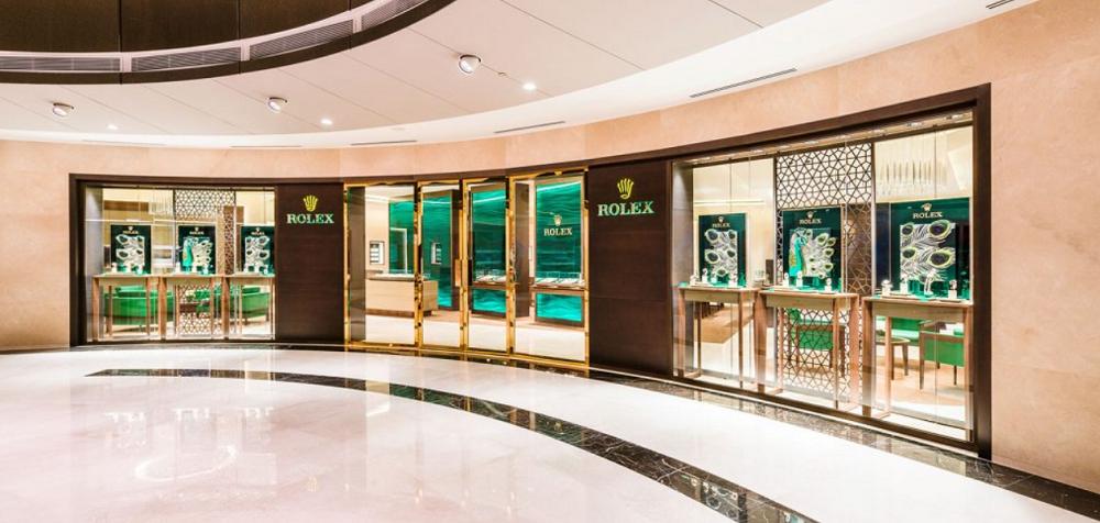 Các nhà bán lẻ Rolex chịu những khoản chi phí lớn