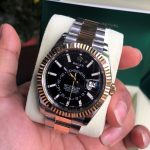 rolex-sky-dweller-326933-black-dial-rolesor-size-42mm-fullbox-2017-2