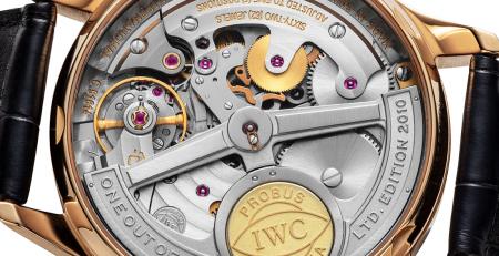 Hướng dẫn kiểm tra Serial Number và năm sản xuất đồng hồ IWC