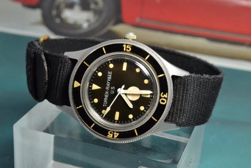 Đồng hồ quân đội Tornek-Rayville TR 900