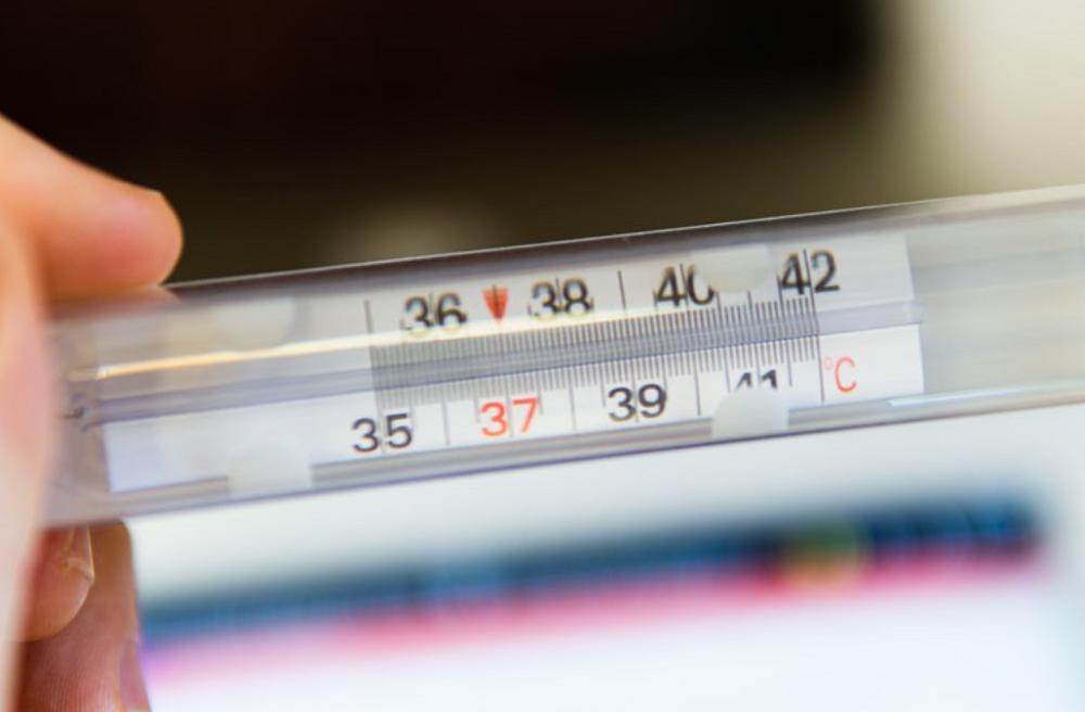 Nhiệt độ và độ ẩm ảnh hưởng tới độ chính xác đồng hồ Pin