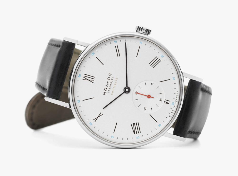 Đồng hồ Nomos Ludwig Neomatik