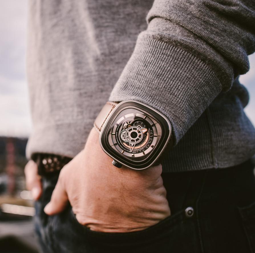 Đồng hồ SevenFriday P Series P2B / 02