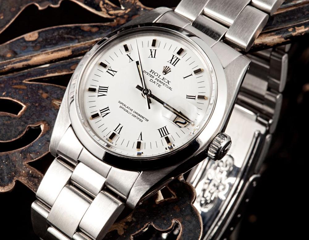 Giá và tính sẵn có của Rolex Date 1500