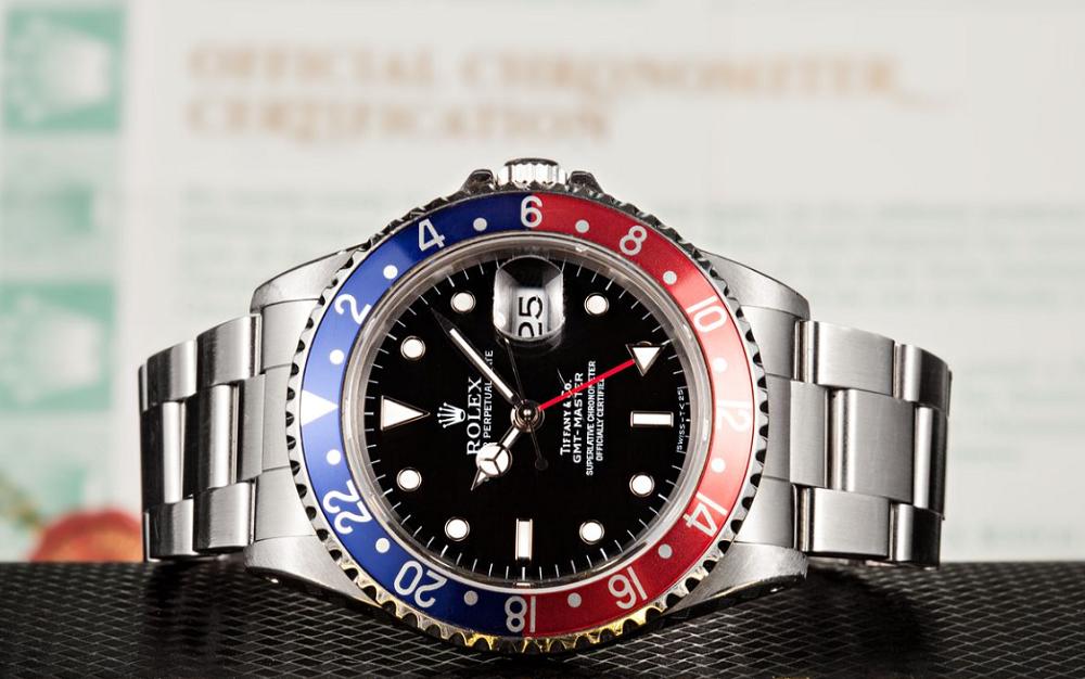 Tranh chấp về mặt số Rolex Tiffany