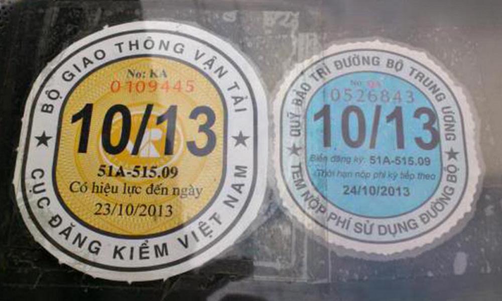 Tem đăng kiểm và tem lệ phí đường bộ sẽ được dán song song với nhau