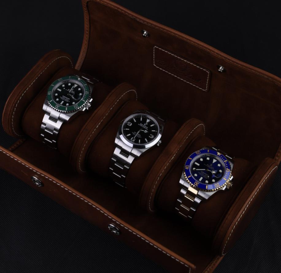 Bảo quản đồng hồ Rolex bằng túi bọc hoặc ví