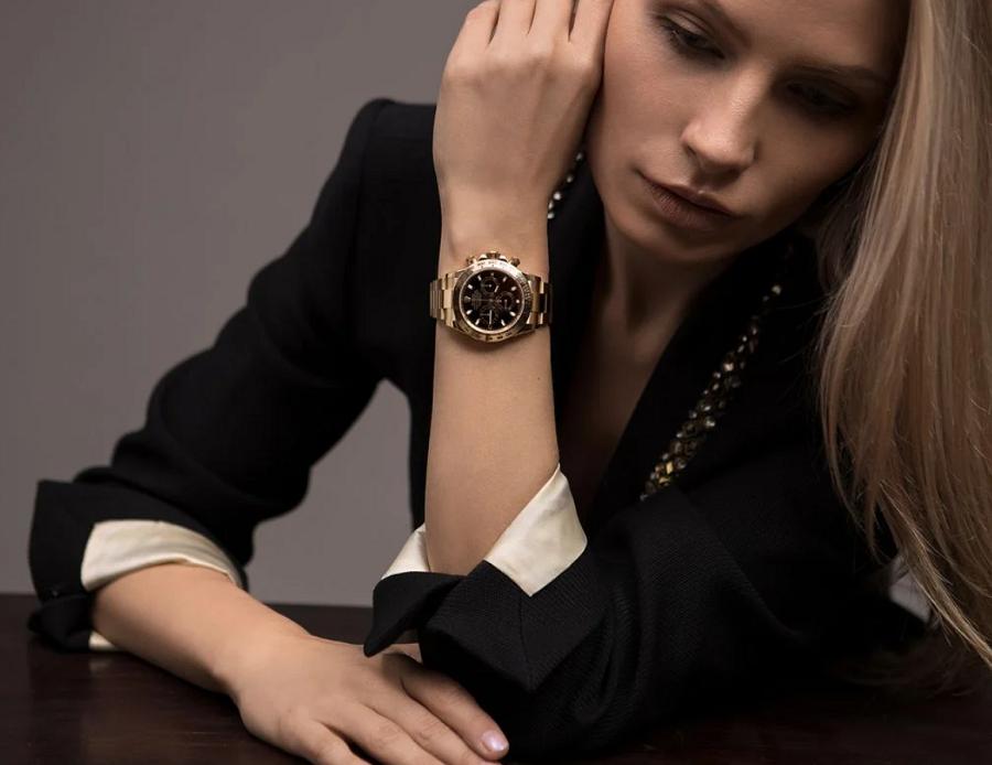 Đồng hồ Rolex Daytona vàng 18k nguyên khối