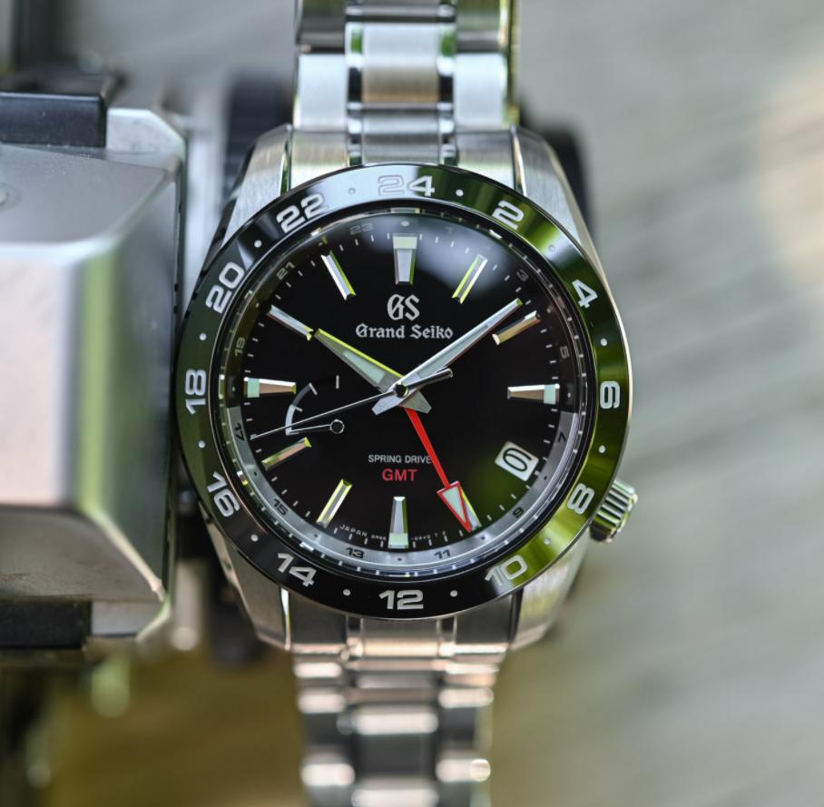 Đồng hồ Grand Seiko Spring Drive GMT