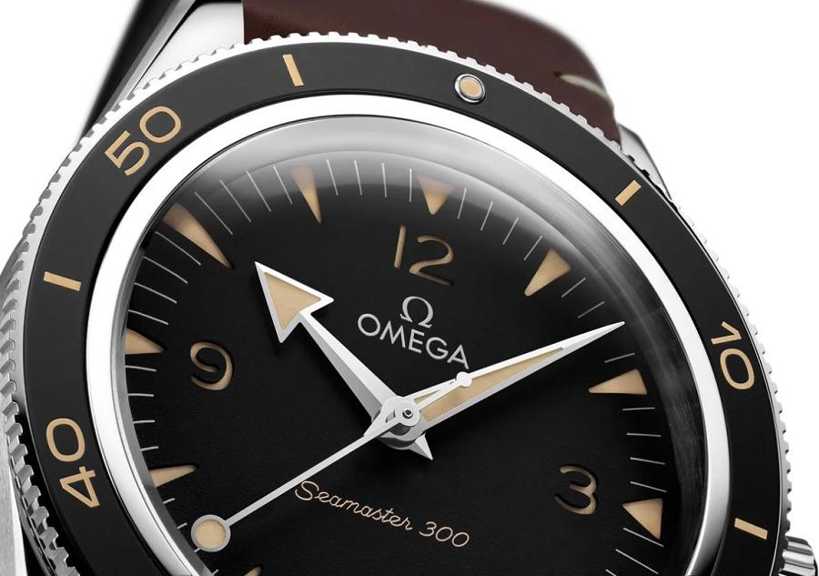 Đồng hồ Omega Semaster Diver 300 Black Dial 234.32.41.21.01.001 mới năm 2021