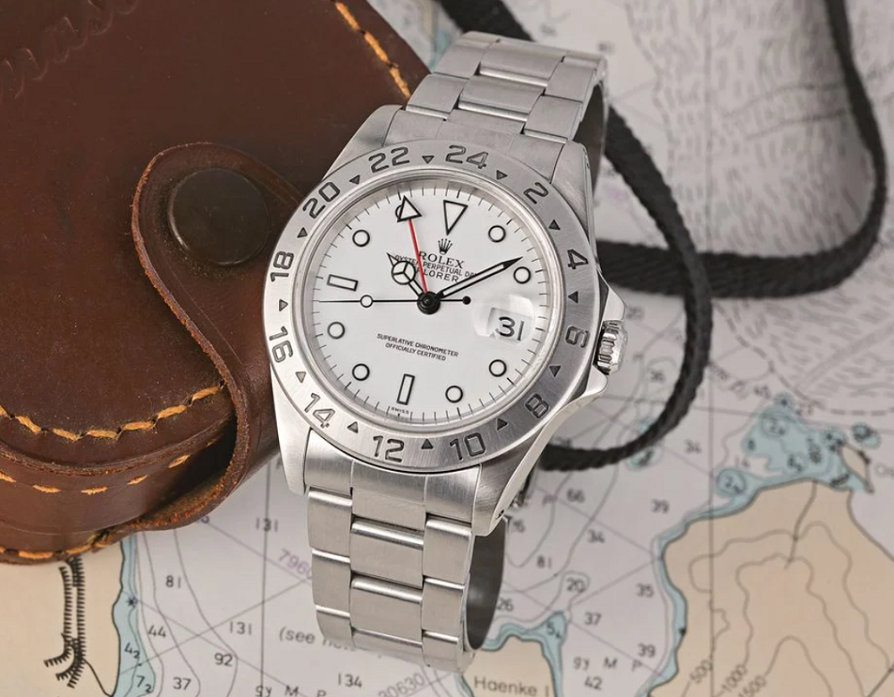 Đồng hồ GMT là gì?