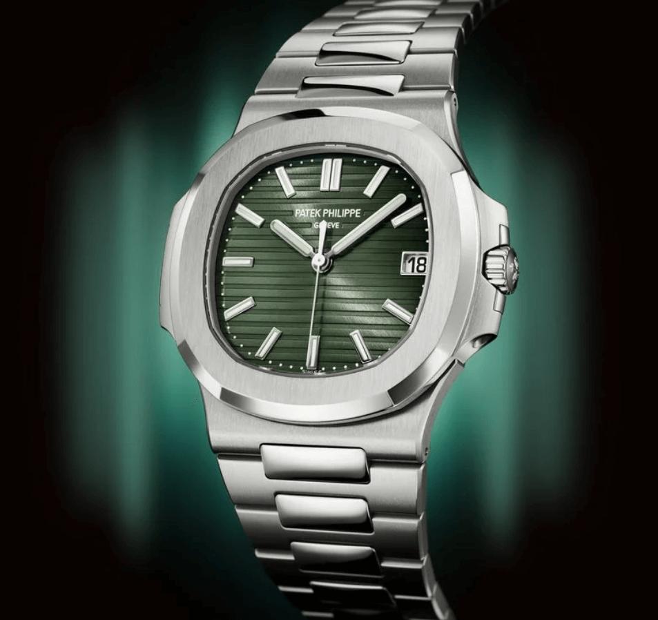 Đồng hồ Patek Philippe Nautilus Green Dial mới năm 2021