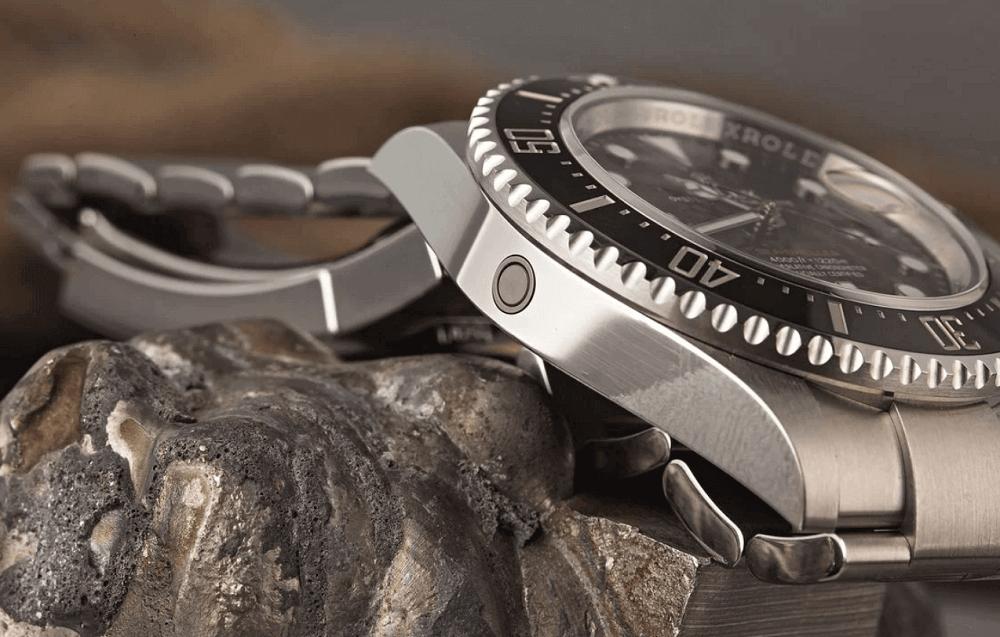 Đồng hồ Rolex Sea-Dweller - Van thoát khí Heli