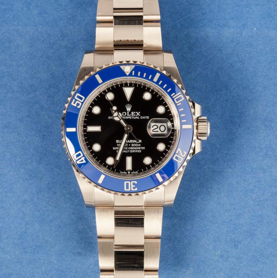 Đồng hồ Rolex Submariner 126619LB