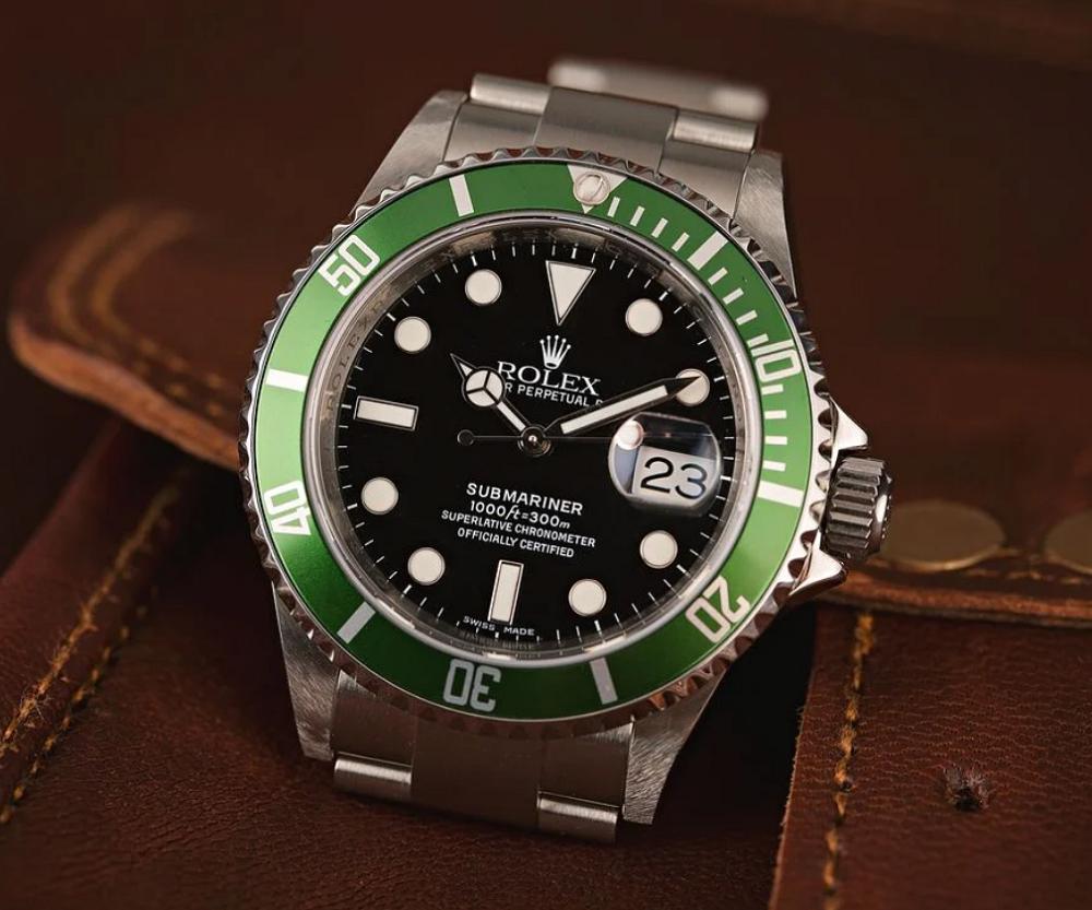 Đồng hồ Rolex Submariner 16610LV Biệt danh Kermit