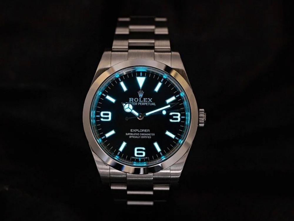 Đồng hồ Rolex mới và các mẫu ngừng sản xuất