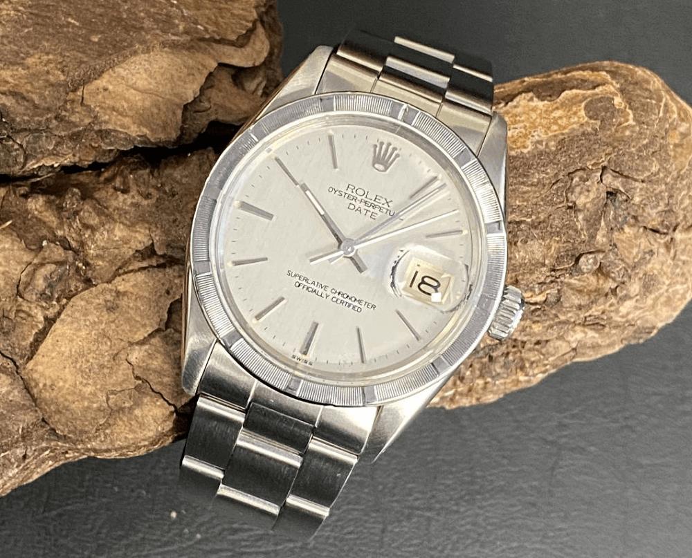 Hướng dẫn mua đồng hồ Rolex Date